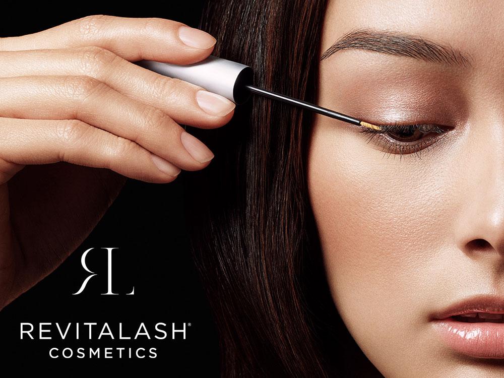 Wimper- en wenkbrauwverzorging van RevitaLash Cosmetics